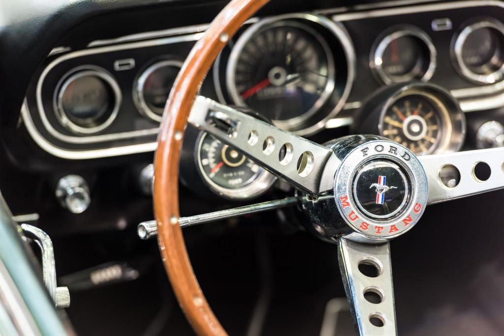 vintage ford steering wheel