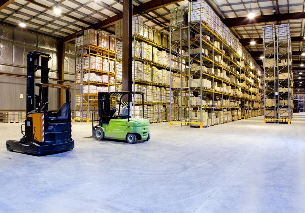 warehouse foklift